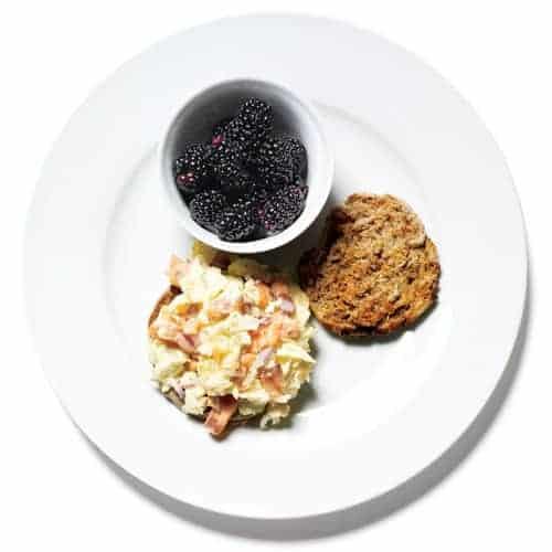 Muffin-ingles-de-huevo-y-salmón