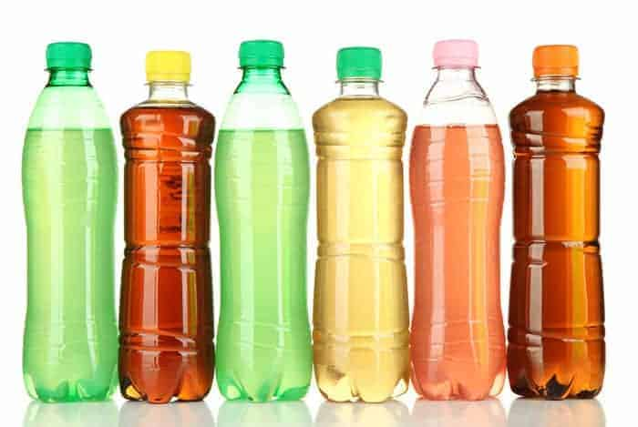 El agua saborizada es tan saludable como se cree