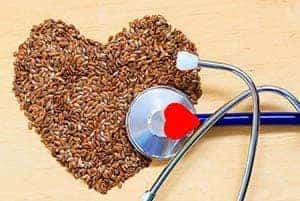 Corazón hecho de semillas