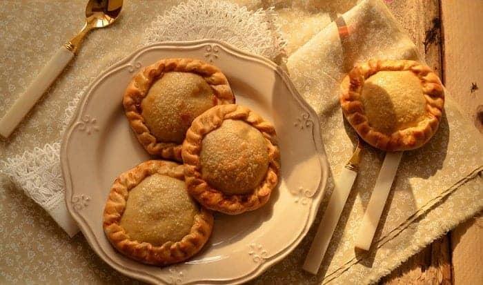 empanaditas de berenjena